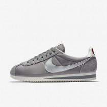 Nike zapatillas para hombre classic cortez nylon premium gris medio/vela/plata metalizado